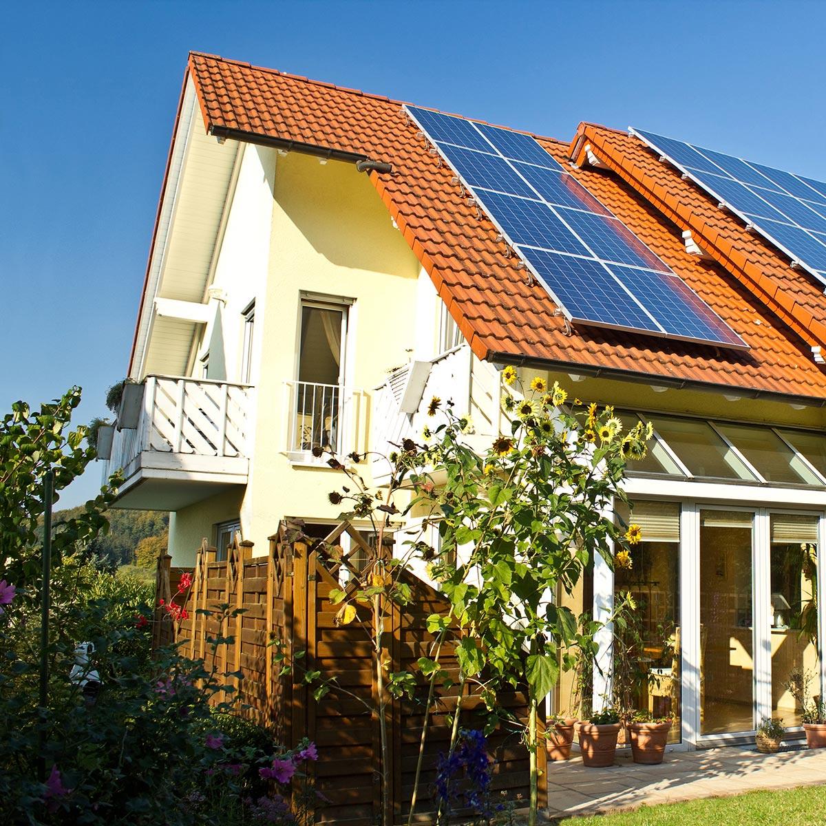 Fensterputzer AND GmbH für private Haushalte und Gewerbe.